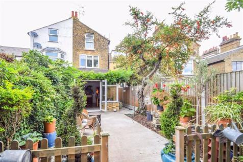 St Vincents Road, Westcliff-on-sea, Essex. 5 bedroom terraced house for sale