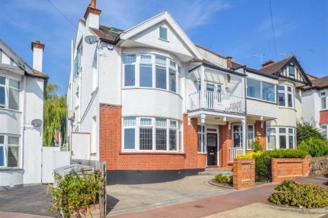 Woodfield Gardens, Leigh-on-sea, Essex. 5 bedroom semi-detached house