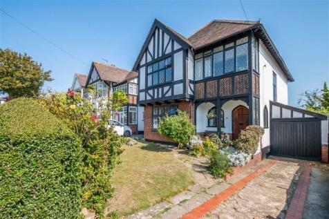 The Crossways, Westcliff-on-sea, Essex. 4 bedroom detached house for sale