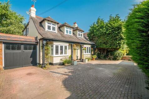 Benfleet Road, Benfleet, Essex. 5 bedroom detached house