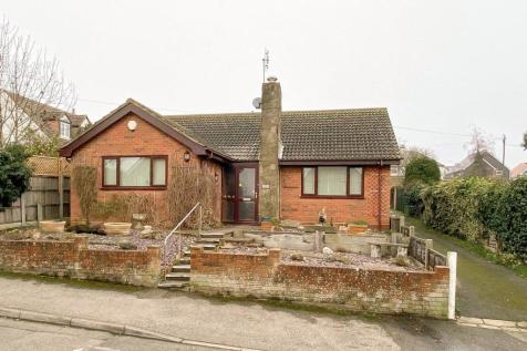Northwood Road, Whitstable. 3 bedroom detached bungalow for sale
