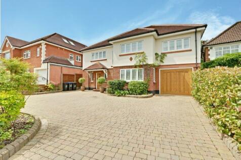 Parkgate Crescent, Hadley Wood, EN4. 6 bedroom detached house for sale