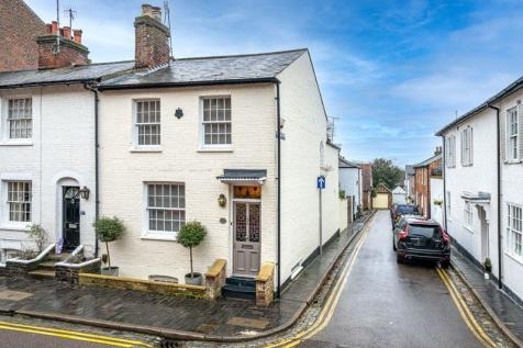 Spicer Street, St. Albans. 4 bedroom end of terrace house for sale