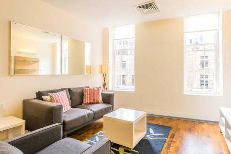 Brushfield Street, Spitalfields, E1. 1 bedroom property