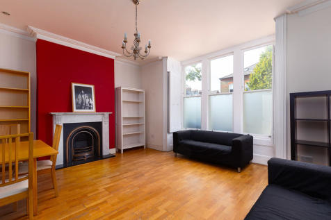 Finsbury Park Road, N4 2LA. 3 bedroom apartment