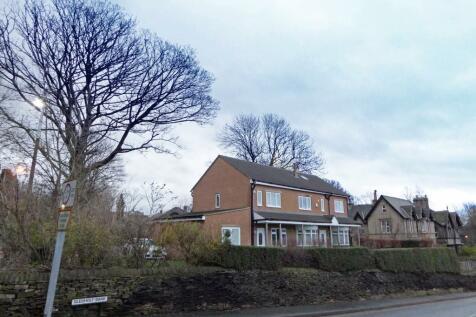 Greenhead Road, Springwood. 8 bedroom semi-detached house