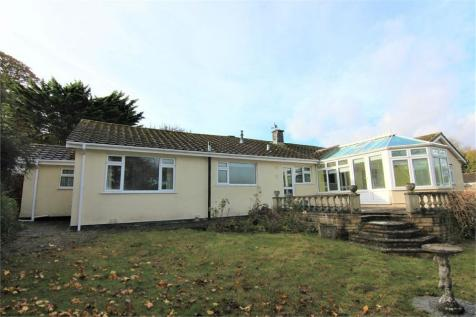 Grange Close, BS23 4TT. 4 bedroom detached bungalow for sale