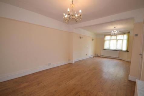 Station Grove, Wembley, Middlesex, HA0 4AL. 5 bedroom terraced house