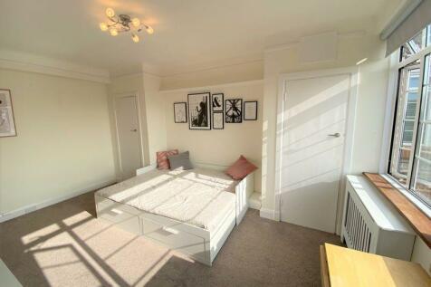 DU Cane Court Balham High Road Balham SW17 7JE. Studio flat