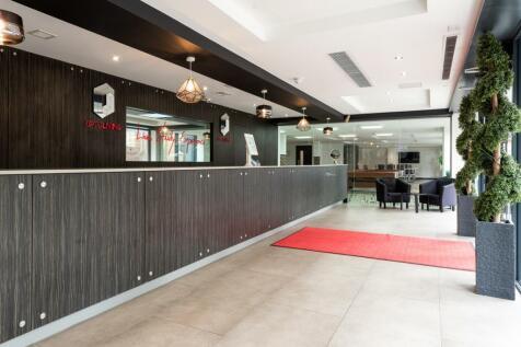 Dumfries Street, Luton. Studio apartment