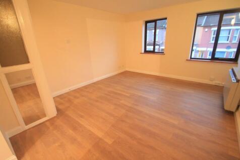 Dallow Road, LUTON. 1 bedroom flat