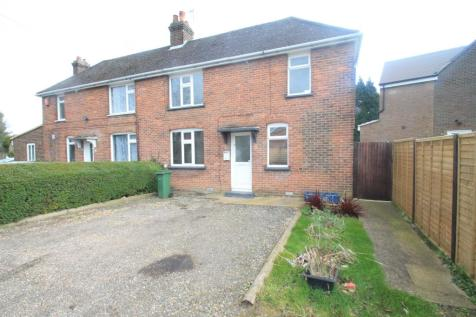 Roman Road, LUTON. 2 bedroom semi-detached house