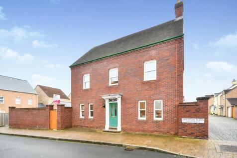 Offerton Road, Swindon, Wiltshire, SN1. 4 bedroom detached house for sale