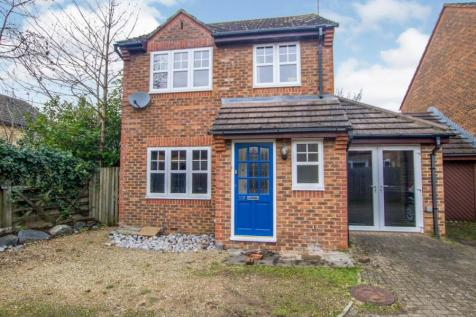 Dunsford Close, Swindon, Wiltshire, SN1. 4 bedroom detached house for sale