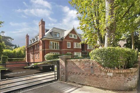 Gower House, Gower Road, Weybridge, Surrey, KT13. 2 bedroom apartment