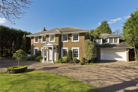 Cranley Road, Burwood Park, Walton-on-Thames, Surrey, KT12. 5 bedroom detached house