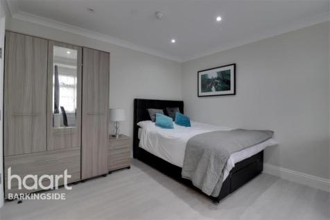 New North Road - Hainault - IG6. House share