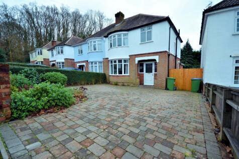 Mousehole Lane, Southampton, SO18. 3 bedroom semi-detached house for sale