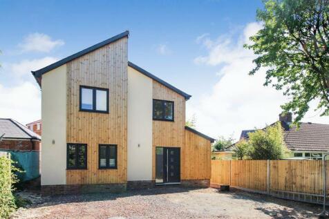 Brookside Drive, Sarisbury Green. 3 bedroom detached house