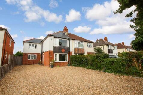 Church Road, Locks Heath. 4 bedroom semi-detached house
