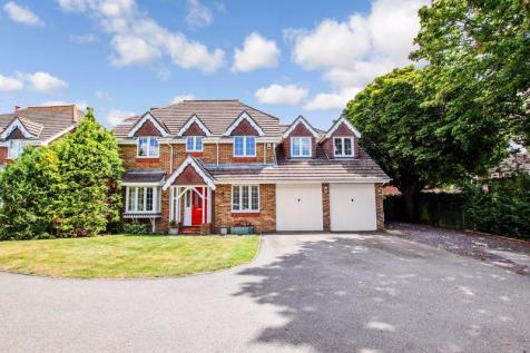 Corvette Avenue, Warsash. 5 bedroom detached house