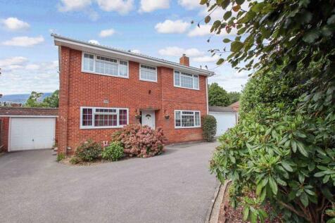 Raley Road, Locks Heath. 4 bedroom detached house