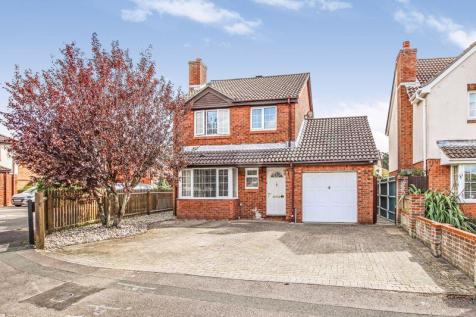 Cowslip Close, Locks Heath. 4 bedroom detached house