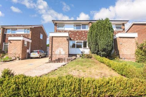 Jumar Close, Warsash. 3 bedroom semi-detached house