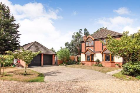 Wightway Mews, Warsash. 4 bedroom detached house