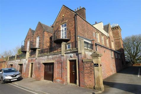 East Cliff, Preston. 3 bedroom town house