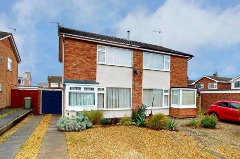 Troon Close, Stamford. 2 bedroom semi-detached house