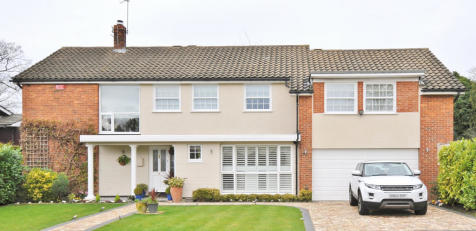 Spinney Oak, Bickley, Kent, BR1 2NS. 5 bedroom detached house for sale