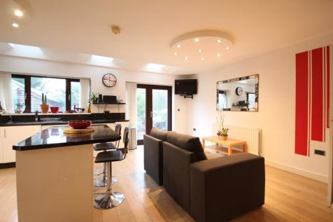 Greenacre Road, St Johns, Worcester. 5 bedroom house share