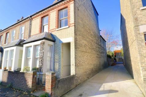 Vinery Road, Cambridge,. 4 bedroom end of terrace house