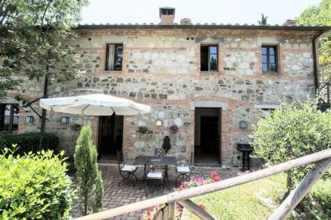 Cetona, Tuscany, Italy. 2 bedroom apartment