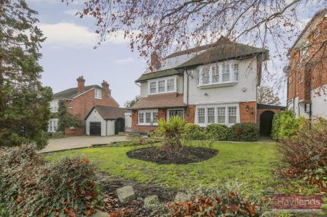The Chine, Grange Park. 5 bedroom detached house for sale