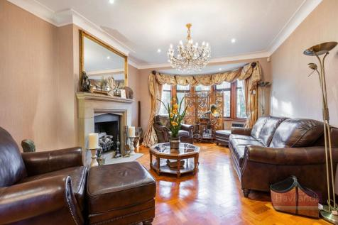 Hillfield Park, Winchmore Hill. 6 bedroom semi-detached house for sale