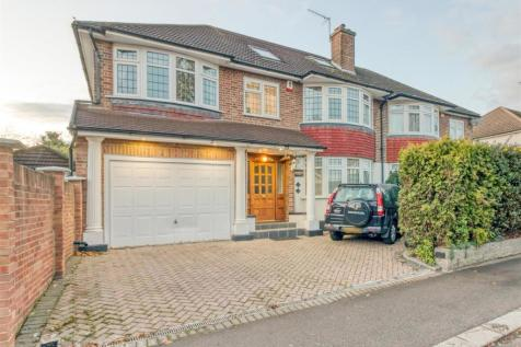 Hoppers Road, Winchmore Hill. 5 bedroom semi-detached house for sale