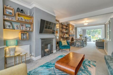 Winchmore Hill Road, Winchmore Hill. 3 bedroom semi-detached house for sale