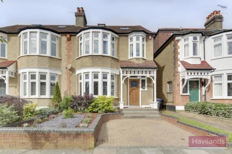Drayton Gardens, Winchmore Hill. 4 bedroom semi-detached house for sale