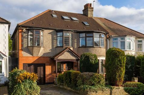 Hillfield Park, Winchmore Hill property