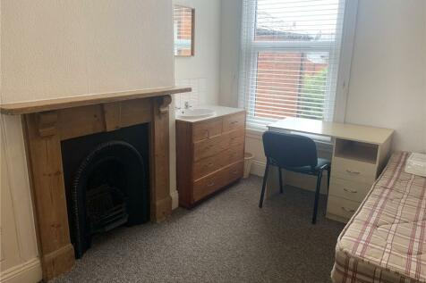 St. Johns Road, Exeter, Devon, EX1. 1 bedroom house