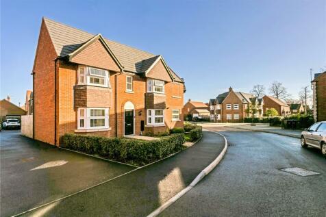 Squirrels Street, Bishopton, Stratford-upon-Avon, CV37. 3 bedroom semi-detached house for sale