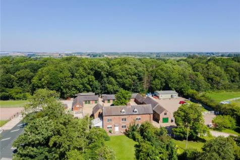 Shawell Road, Cotesbach, Lutterworth, Leicestershire, LE17. 6 bedroom detached house