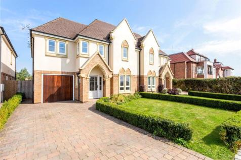 Loxley Heights, 209 Banbury Road, Stratford-upon-Avon, Warwickshire, CV37. 4 bedroom semi-detached house for sale