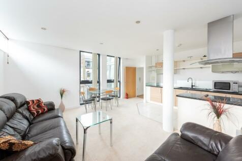 Princes Street, Brighton, BN2. 2 bedroom flat