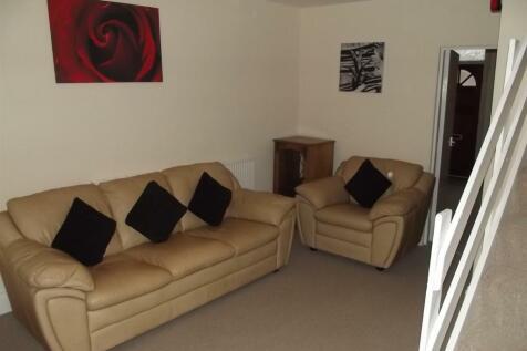 Clifton Street, Beeston, NG9. 3 bedroom terraced house