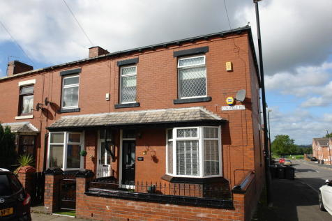 Colville Road, Oldham. 3 bedroom end of terrace house
