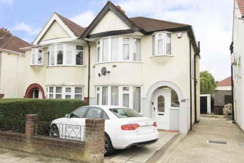 Carlyon Avenue, Harrow, HA2. 3 bedroom semi-detached house