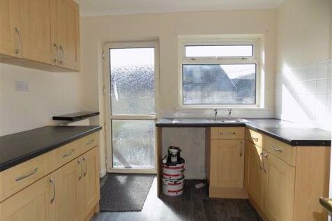 Preston Street, Abertillery. NP13 1QL. 2 bedroom terraced house
